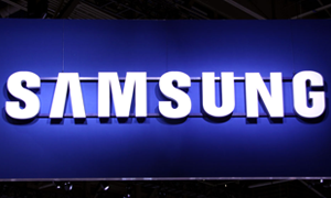 Waarom Samsung niet afwijkt van kunststof materiaal. Ook niet bij de S4.
